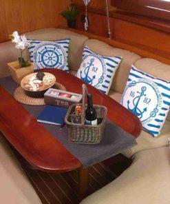 יאכטה בגירה | הפלגה שייט במרינה הרצליה